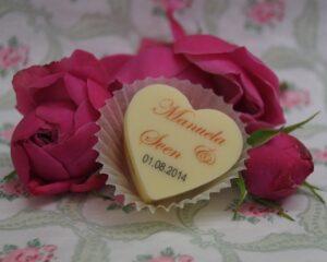 Gastgeschenk zur Hochzeit Herzpraline