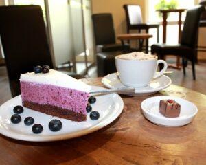 Kuchen und Café